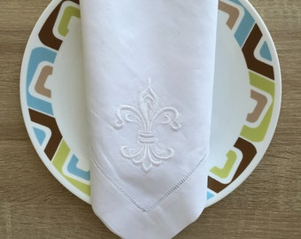 "22"" Inch Fleur De Lis Embroidered Hemstitch White Linen Cloth Dinner Napkin Set Of 4"