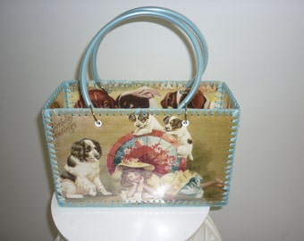 Retro style bag with vintage cute dog images just like made in the 50-60's.