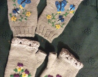 Embroidered fingerless hand gloves