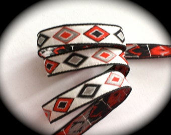 Vintage Woven Ribbon -  5/8 x 3 1/2 yards White/Natural Red, Black and Gray