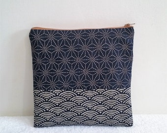 Small clutch makeup in indigo Japanese fabric
