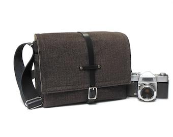 Medium DSLR camera bag with padded insert - dark gray