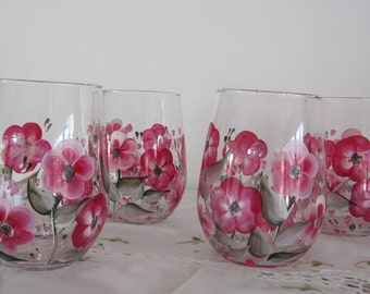 ON SALE Wine Glasses floral hand painted great gift for Wife, Mother, girlfriend, Housewarming, Teacher, Bridal shower, Valentines day, Sis