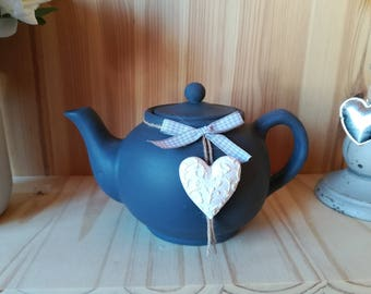 shabby cottage style teapot