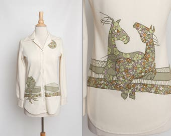 vintage 70s women's button up shirt Jantzen novelty print