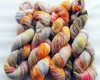 Merino SINGLE yarn, 100% Merinowool 100g 3.5 oz.Nr. 139