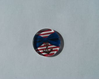 Cabochon 25 mm round and flat with its sailor look blue and white stripe with a bow, anchor