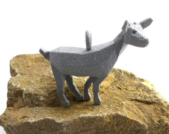 Geometric Goat Pendant - Polygonal Animal Jewelry - Goat Jewelry - 3D printed animal - Nature Jewelry - Origami - Animal Pendant