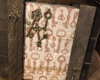Steampunk inspired cigar box purse