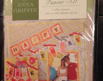 Anna Griffin Rub-On Banner Kit...7 ribbon banners with over 500 alphabet rub-ons