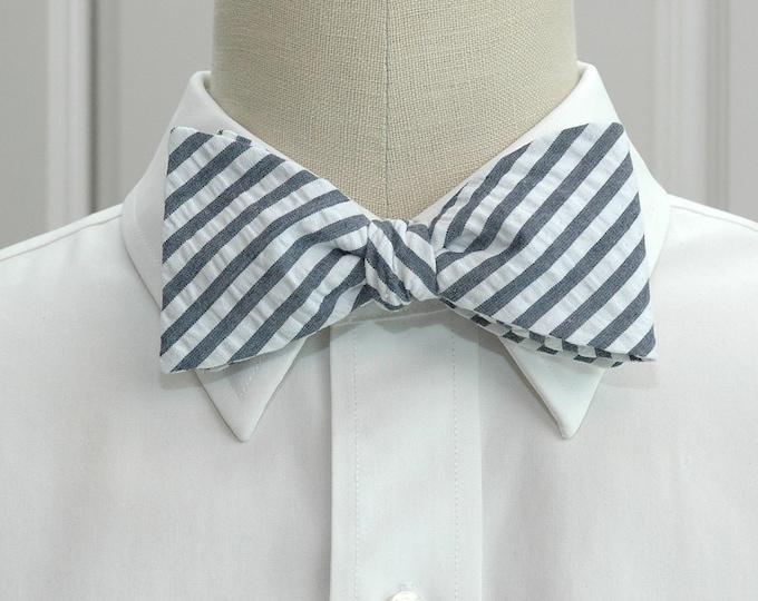 Men's Bow Tie, navy giant seersucker, wedding party tie, groom bow tie, groomsmen gift, striped bow tie, wedding accessory, self tie bow tie