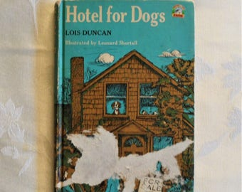 Weekly reader children's book club presents Hotel for dogs 1971