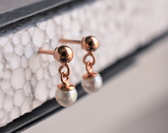 Rose gold and pearl earrings, pearl earrings, dot earring, pearl dot earring, pearl stud earring, pendant pearl, rose gold pearl earring,