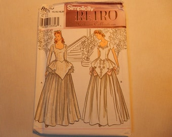 Misses'/Miss Petite Retro Bridal Gown Simplicity 8886  Sizes 14-20
