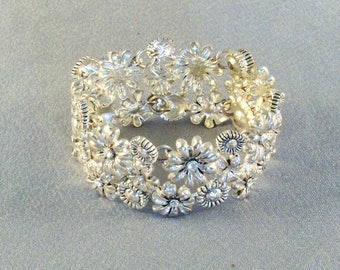 Pretty Silver Tone Bracelet // Flowers // Blossoms // Magnetic Closure // Stunning // Luxurious // Attention Getting // Feminine
