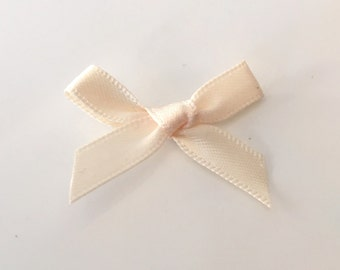 20, satin ribbon bows, ivory ribbon bows, ivory satin bows, ivory ribbon bows, ivory bows, satin bows, craft supplies uk, bows uk, wedding
