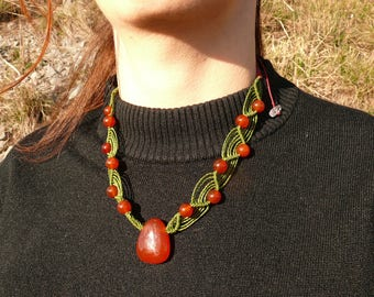 Carnelian - Stone drilled - macrame necklace