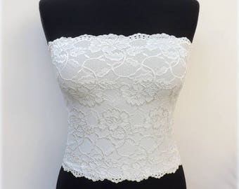 Ivory floral lace bandeau top. Lined lace strapless. Offwhite lined lace tube top.