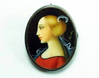 Hand Painted Silver Framed Miniature Pendant Brooch