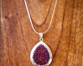 Titanium Drusy Quartz Pendant/ Drusy Quartz Necklace/ Drusy Quartz Jewelry/ Gifts for Girls/ Xmas Gifts/ Unique Christmas Gift/ Crystal
