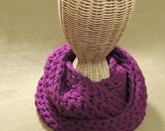 Crochet Infinity Scarf - Wrap Scarf - Fashion Accessories - Chunky Scarf - Gifts Under 40