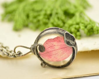 Tiny RED HYDRANGEA pendant, plant necklace, dried flower, pressed plant, boho necklace, tin soldered jewelry, bridesmade, spring wedding