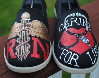 HEY RN'S These Nursing shoes are for you....size 10  SOLD
