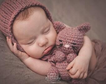 Knitting/crochet PATTERN - Newborn size Kit Kat kitten set - Instant Download PDF - Photography Prop for newborn size set