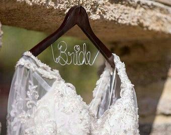 Wedding Hanger one Line, personalized Bridal Hanger, Bride Hanger, Name Hanger, Wedding Hanger, Wedding Dress Hanger, Bridal Shower