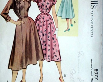 Misses' Dress, McCall's 8977  Vintage 50's Sewing Pattern, Size 14, Bust 32