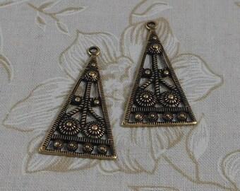 LuxeOrnaments Oxidized Brass Filigree Pyramid Pendant (2 pcs) 34x20mm S-5911-B