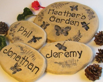 Personalized Garden Stones. Mom, Sister, Brother Gardening Gift. Family signage w/ Childrens NAMES / Dragonflies, hummingbirds, more!
