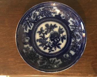 Antique unmarked blue and white plate