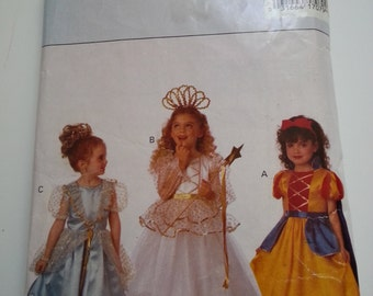 Snow White costume / girls /princess/Belle/snow white/fairy /90s costumes 1993 sewing pattern, Size 5 6 6X, Chest 24 25 25.5, Butterick 6935