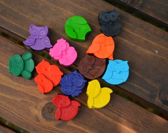 Owl Crayons set of 24- Owl Party Favors - Owl Party - Owl Birthday Party Favors - Owl Crayons - Shaped Crayons - Owl Gifts - Owls - Crayons