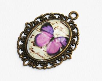 2 Butterfly picture pendant, butterfly picture cabochon, antique brass pendant, zinc alloy pendant 30x21mm Purple