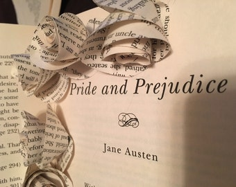 Pride and Prejudice Book Page Flowers * wedding craft mother's day gift flower bouquet classic book