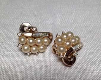 Vintage Crown Trifari Earrings PEARL RHINESTONE Gold Tone Clip