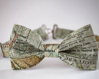 Map bow tie, mens bow tie, world map bowtie, gift for him, gift for traveler, geography bow tie, tan bow tie, globe bow tie, teacher bow tie