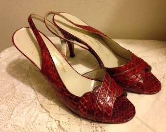 Vintage Red Eel Skin Sling Back Shoes - Red Sling Back Shoes - Garolini Shoes – Made in Italy – 1970s – Size 7M - Red Pumps