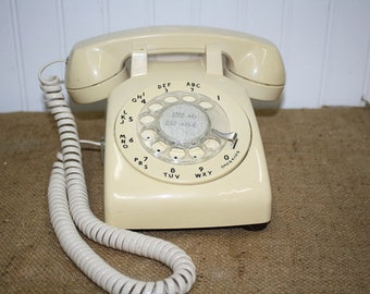 Bell Systems Rotary Desk Phone - Off white - item #2932