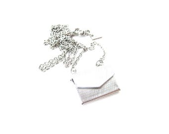 Emmons Signed Silver Tone Metal Rectangular Shaped Hinged Moveable Textured Envelope Pen Pal Pendant Necklace