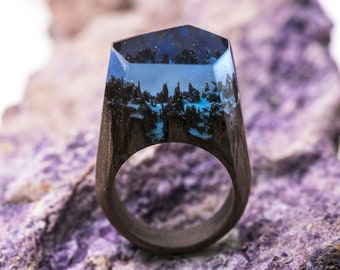 Wood resin rings Winterfell Green Wood the secret of the magical world in a tiny landscape Enchanted forest ring Dark souls ring Eco epoxy