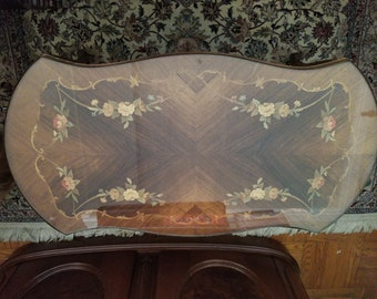 French Louis XV Floral Inlay Wood Parquetry Coffee Table - Very Good condition