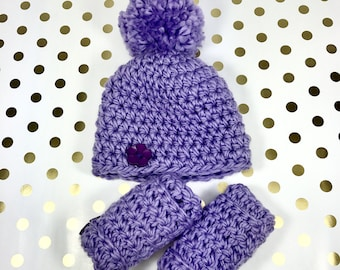 baby hat, crochet baby hat, purple hat, baby gift set, leg warmers, hat with pom poms,newborn gift set
