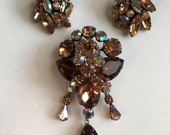 Vintage Regency Brooch and Earrings,jewelry,hollywood glam,modern,mid century,clip on,aurora borealis,rhinestones,vintage,costume,pin,