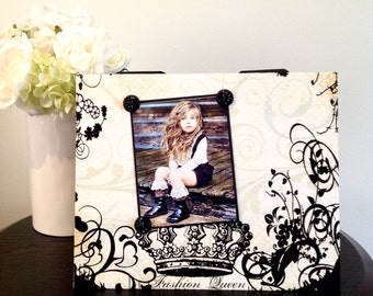 """Fashion Queen fashionista  mothers day grandmother mom sister teen friend gift magnetic picture frame holds 5"""" x 7"""" photo 9"""" x 11"""" size"""