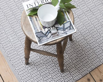 Scandinavian grey patterned floor runner, W70 x L140cm