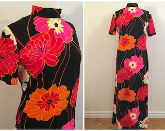 Vintage BRIGHT FLORAL PRINT Dress/size Small