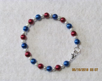Patriotic Glass Pearl Bracelet, Red White and Blue Bracelet, 4th of July, Memorial Day Jewelry